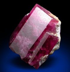 Red Beryl or Bixbite gems